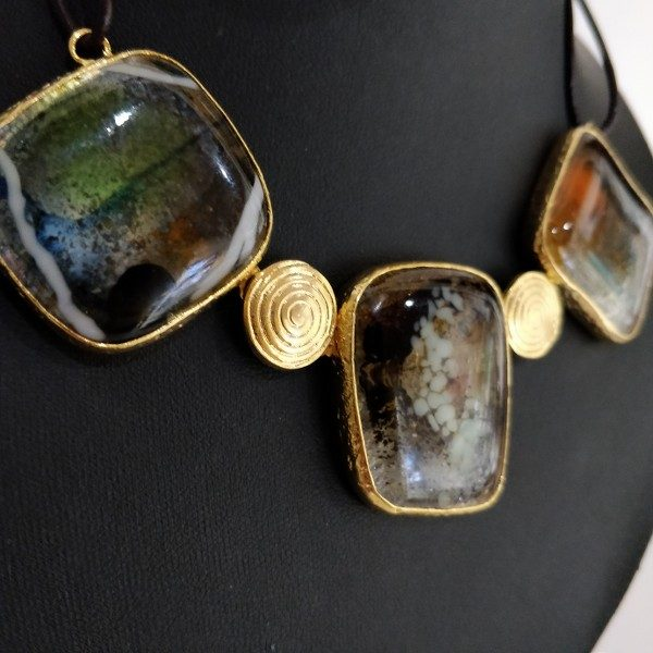 Hand made and unique triple necklace with braas