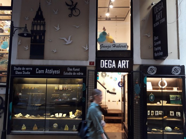 Dega Glass studio