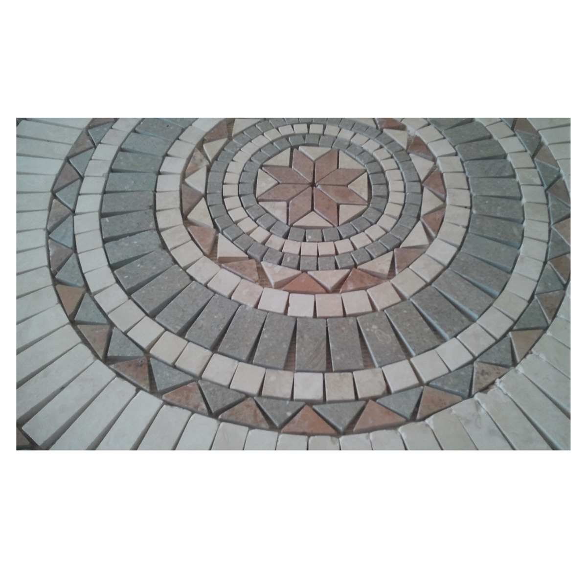 Handmade marble travertine R=79 cm medallion decor