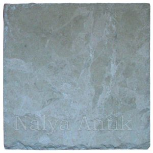 30,5x30,5x1 cm Boticino Beiege brushed and chisseled edge marble tile